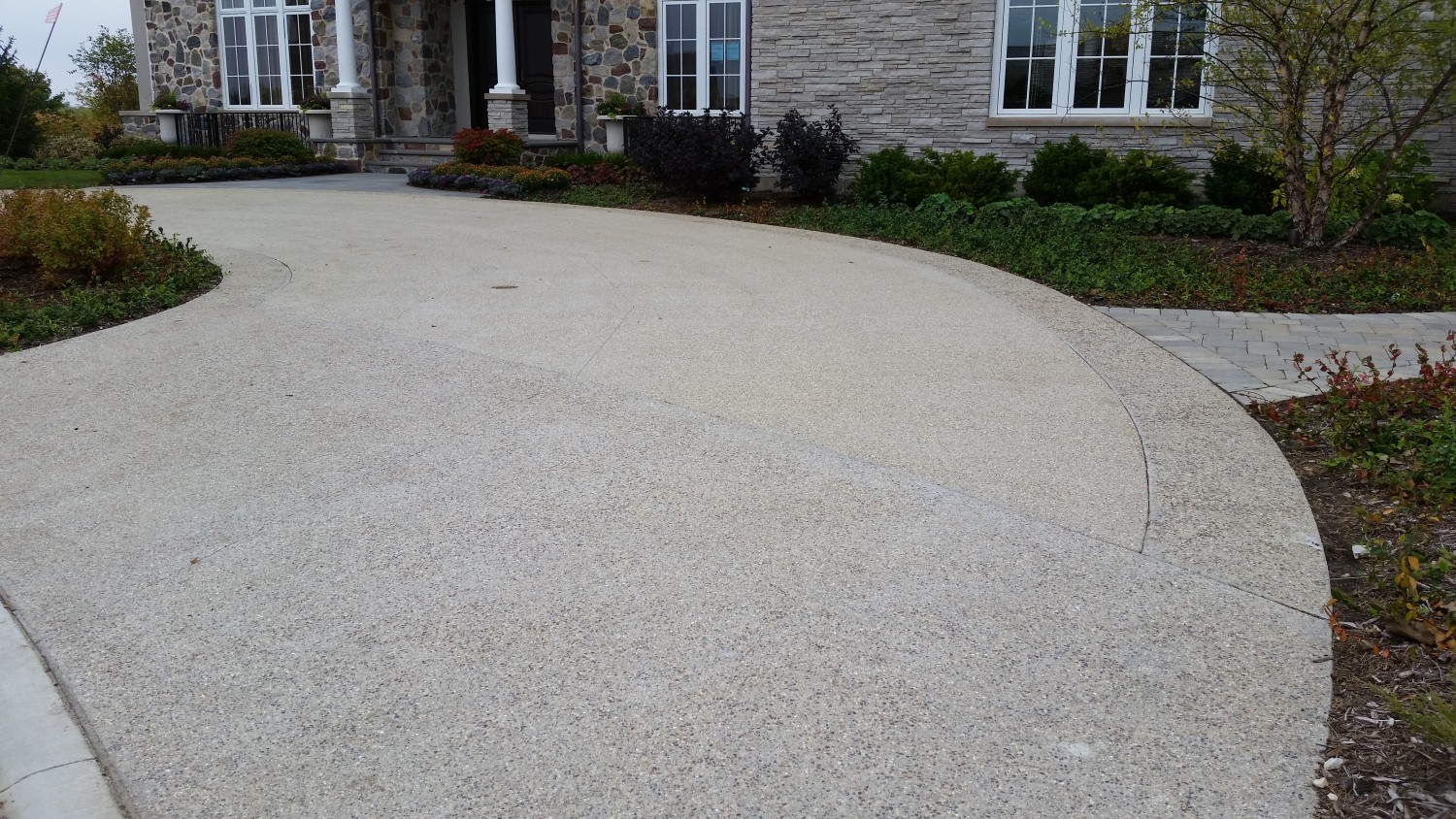 Vernon Hills Exposed Aggregate Driveway North Shore
